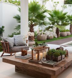 Recycled wood table top for a beautiful outdoor ambiance