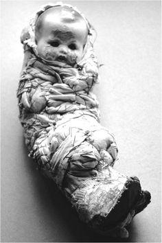 donnée à la France par Hans Bellmer, coll. Centre Georges-Pompidou