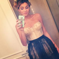 Outfit for Jos party ~ tini Camilla, Netflix Kids, Disney Channel Shows, Creation Couture, Winter Formal, Looking Gorgeous, Martini, Love Her, Tv Shows
