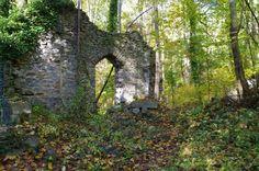 2. Daniels Ruins