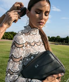 Mon Purse | Design, Customise & Monogram your perfect handbag or luxury European leather goods with Mon Purse. Women's and Men's Personalised leather accessories.