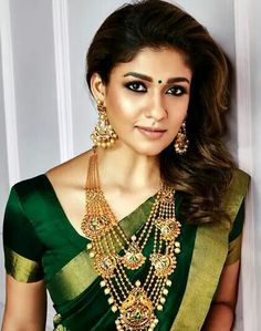 Nayanthara in Antique Gold Jewellery, GRT Jewellery ad, south indian actress jewellery ad Indian Jewellery Design, Indian Jewelry, Jewellery Designs, South Indian Jewellery, Handmade Jewellery, Beautiful Saree, Beautiful Indian Actress, Jewelry Ads, Gold Jewelry