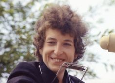 ♡♥Bob Dylan 24 outside smiling at the 'Newport Folk Festival' on July 24th,1965 - click on pic to see a larger pic♥♡