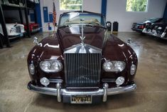 West Coast Classics are proud to present an absolutely stunning and extraordinarily rare and all original apart from one repaint 1963 Rolls Royce Silver Cloud III Drophead Coupe factory LHD & coachbui Vintage Cars, Antique Cars, Rolls Royce Silver Cloud, Bentley Motors, Bentley Mulsanne, Rolls Royce Cars, Car Search, Going Home, Fire Trucks