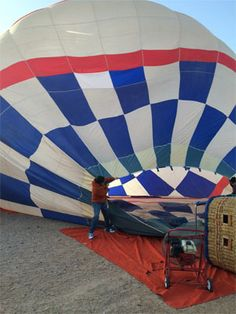 Senior Communications & Tourism Manager for the Albuquerque Convention & Visitors Bureau, Heather, shares her first balloon flight with Rainbow Ryders.