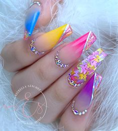 Acrylic Nails Coffin Short, Summer Acrylic Nails, Best Acrylic Nails, Summer Nails, Spring Nails, Neon Pink Nails, Rainbow Nails, Cute Acrylic Nail Designs, Almond Nails Designs