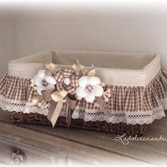All Details You Need to Know About Home Decoration - Modern Decoration Shabby, Basket Decoration, Home Crafts, Diy Home Decor, Diy And Crafts, Sewing Crafts, Sewing Projects, Diy Projects, Wedding Centerpieces Mason Jars