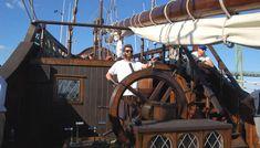 Galeón Andalucía - Fundación Nao Victoria Guns, Victoria, Volunteers, Yachts, Boats, Tourism, Weapons Guns, Pistols, Revolvers