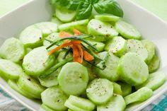 Razones para empezar a comer Pepino y una receta baja en calorías