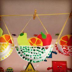Kids fruit crafts, nutrition crafts for kids, vegetable crafts, basket craf L'art Du Fruit, Fruit Art, Arts And Crafts Movement, Preschool Crafts, Kids Crafts, Preschool Apples, Preschool Themes, Preschool Kindergarten, Vegetable Crafts