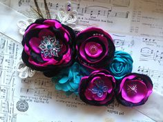 Love the colors! Fabric Flower Headbands, Baby Headbands, Fabric Flowers, Baby Shower Sash, Boho Baby Shower, Baby Corsage, Maternity Sash, Diy Bow, Knot Headband