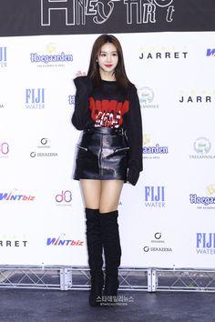 Snsd, Yuehua Entertainment, Korean Celebrities, Kpop Fashion, Pop Group, Leather Fashion, Short Skirts, Kpop Girls, Asian Beauty