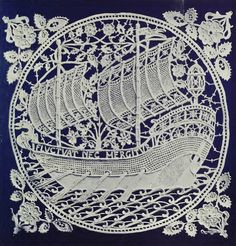 ๑ Nineteen Fourteen ๑ historical happenings, fashion, art & style from a century ago - Needlepoint lace design by the Aemilia Ars Society, Bologna, produced in Sculpture Textile, Art Textile, Hardanger Embroidery, Lace Embroidery, Needle Lace, Bobbin Lace, Antique Lace, Vintage Lace, Types Of Lace