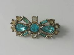 Vintage brooch 1960's fashion accessory by Prettyvintagehouse