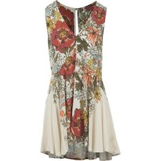 Evocative of an arboretum filled with butterflies and exotic flowers, the Free People Women's Backyard Printed Top delivers refined Victorian-inspired style. Fashioned with a relaxed silhouette, this drapey tank features a plunging v-neck and flared drop-tail hem, while the keyhole rear insert adds a demure look.