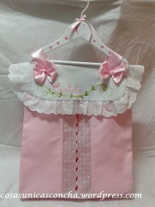 ????????????? R. 070 Pañalera personalizada The Babys, Diaper Bag Organization, Diaper Storage, Baby Shawer, My Baby Girl, Baby Knitting, Crochet Baby, Google Baby, Designer Baby Bags