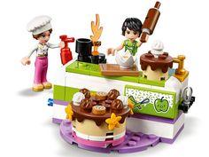Die große Backshow 41393 | Friends | Offiziellen LEGO® Shop DE Smoothie Prep, Raspberry Smoothie, Apple Smoothies, Lego Store, Lego Sets, Hazelnut Cake, Shops, Bakken, Kids