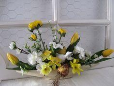 wiosna Funeral, Glass Vase, Floral Design, Basket, Plants, Hair, Home Decor, Tulips, Flower Arrangements