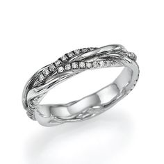 I LOVE this braided wedding/engagement ring. Love! Seems perfect to symbolize marriage and the two people becoming one.