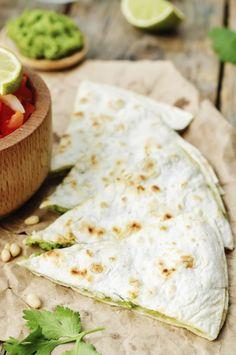 Reteta zilei. Quesadilla cu avocado – rapid si cu putine calorii