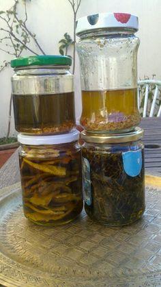 Oleatos de aceite de oliva virgen, lavanda,naranja orgánica,huesos de cereza y de rosa Mosqueta. Los he calentado a 35 grados en el lavavajillas