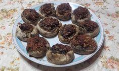 Retete cu margareta cismasiu: Ciuperci umplute Muffin, Breakfast, Food, Salads, Morning Coffee, Essen, Muffins, Meals, Cupcakes