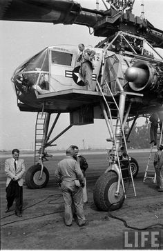 Hughes Aircraft's Giant Helicopter, XH-17, 1953