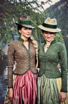 """Lena Hoschek Tradition S/S15 """"Mitzi Walkjanker Feldhase"""" und """"Mitzi Walkjanker Lärche"""" www.lenahoschek.com"""