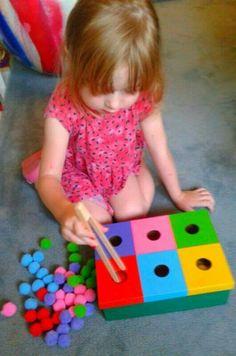 Pin and eye-hand coordinator Motor Skills Activities, Preschool Learning Activities, Sensory Activities, Infant Activities, Kids Learning, Toddler Crafts, Crafts For Kids, Baby Sensory Play, Baby Games