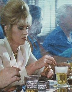 Movies Showing, Movies And Tv Shows, Patsy Stone, Joanna Lumley, Female Supremacy, Absolutely Fabulous, Whiskey, Movie Tv, Humor