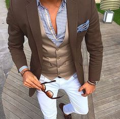 Find your inspiration @ dapperanddame.com. Get 20% off your order using the code: pinterest. Happy Shopping!