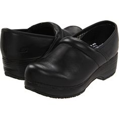 Clog SR by SKECHERS Work at 6pm. Read SKECHERS Work Clog SR product reviews, or select the size, width, and color of your choice.