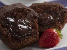 Cupcake com recheio cremoso de chocolate