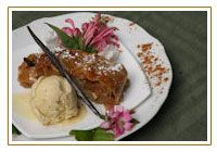 Apfelstrudel  - Enrollado de manzana con helado de vainilla