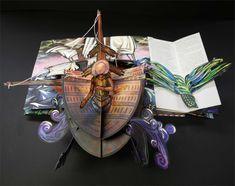 Biglietto di Natale pop-up 3D di Hallmark Design con Wonder Santas Steam Engine