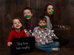 Funny Christmas Cards, Christmas Photos, Christmas Humor, Night Kids, Girl Tied Up, Family Photos, Couple Photos, Silent Night, Duct Tape