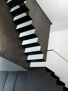 See pictures of the modern homes designed by architect Federico Delrosso and get interior design ideas and decorating tips. Loft Staircase, Interior Staircase, Stairs Architecture, Architecture Details, Interior Architecture, Interior Design, Escher Stairs, Metal Stairs, Architectural Features