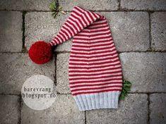 I want a stripey elf hat! Family Christmas Pajamas, Christmas Hat, Christmas Knitting, Christmas Stockings, Christmas Crafts, Knitting Charts, Knitting Patterns, Crochet Patterns, Yarn Crafts