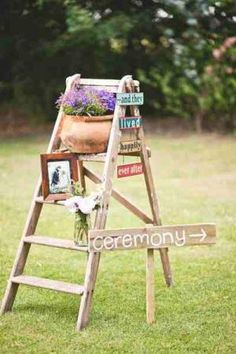 Wooden Ladders--cute idea for flowers or pictures