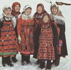 some people think that this Ukrainian babushkas. in fact it Udmurt babushkas from Russia