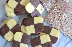 Petits sablés damier au thermomix Cooking Fails, Cooking Chef, Thermomix Desserts, Gingerbread Cookies, Biscuits, Damier, Food, Shortbread Cake, Kitchens