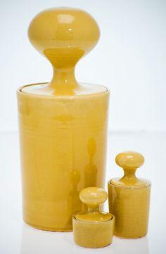 Knoppburk i olika färger och storlekar, pris från 350 SEK/st exkl frakt #yellow #lidded