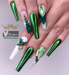 "VinChen Tran on Instagram: ""🌲🌲🌲Green Christmas🌲🌲🌲 ➕⁣⁣⁣ ➕⁣⁣⁣ ➕⁣⁣⁣ ➕⁣⁣ ➕⁣ ➕  #vchenart #vchenart🎨 #nailsofinstagram #nails2inspire #stilletonails #coffinnails…"""