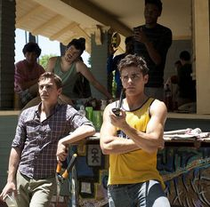 """New trailer for Zac Efron and Seth Rogen's """"Neighbors"""" movie!"""