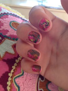 # Funky splattered nail varnish !