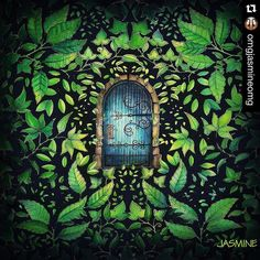 Instagram media terapianojardim - Boa noite!!! A porta do jardim da @omgjasmineomg !! Lindíssima!