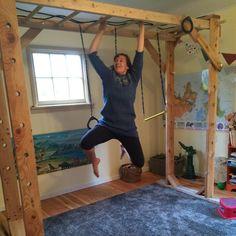 23 Clever DIY Christmas Decoration Ideas By Crafty Panda Kids Indoor Gym, Indoor Jungle Gym, Kids Gym, Indoor Playroom, Baby Playroom, Indoor Playhouse, Indoor Monkey Bars, Diy Monkey Bars, Robert Baden Powell