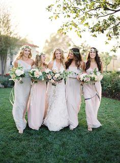 15 things not to do as a bridesmaid: http://www.stylemepretty.com/2016/08/22/bridesmaid-wedding-etiquette/ Photography: Jose Villa - http://josevilla.com/