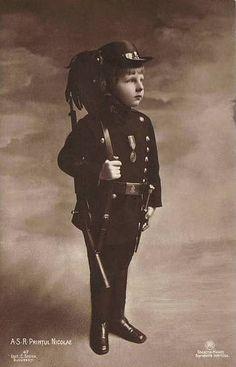 Handsome Portrait of A. Printul Nicolae, In Uniform, Romania Royalty Princess Alexandra, Princess Beatrice, My Princess, Princess Victoria, Queen Victoria, Romanian Royal Family, Royal Families Of Europe, Grand Duke, Army Uniform