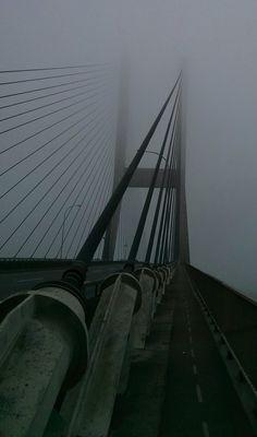 Alex Fraser bridge engulfed in fog Vancouver, BC